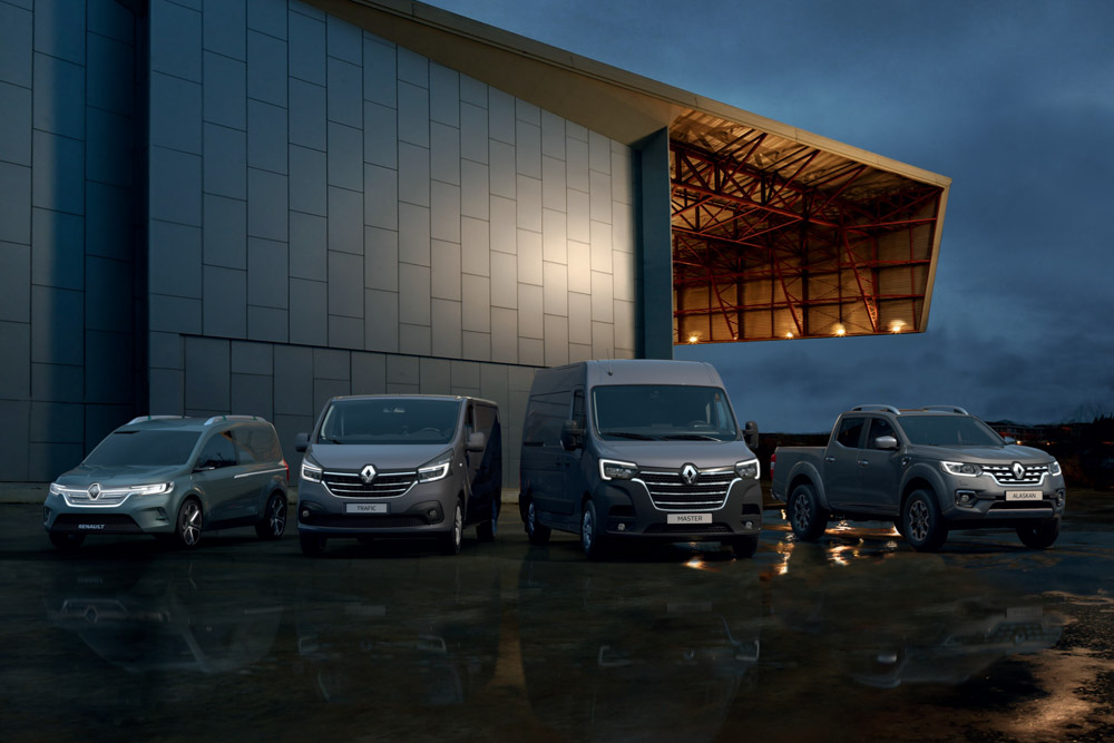 Nouveaux Renault Kangoo Z E Trafic Master Et Alaskan